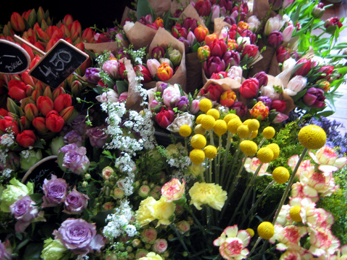 mint and berry Flower Market